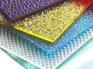 Prismatische Polycarbonatplatte