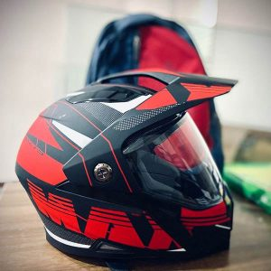 Kunststoff-Motorradhelm