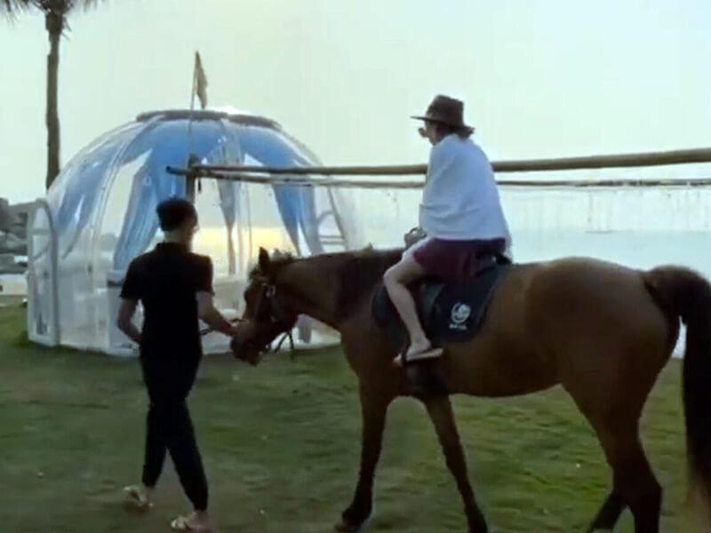 Bubble-Zelt am Flussufer
