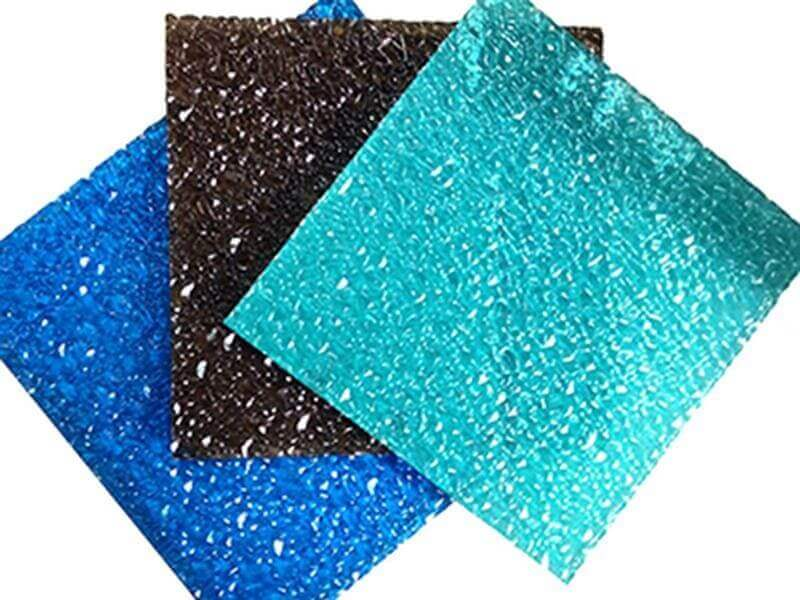 Geprägte Polycarbonatplatten