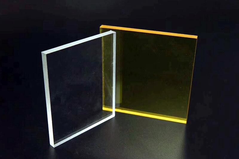 Getöntes Acrylglas transparent